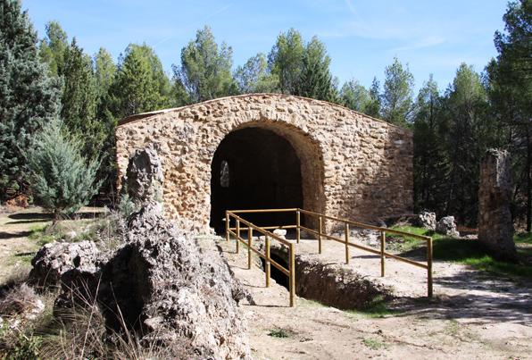 Albendea. Cuenca. Consolidación y rehabilitación del Mausoleo Romano de Llanes.